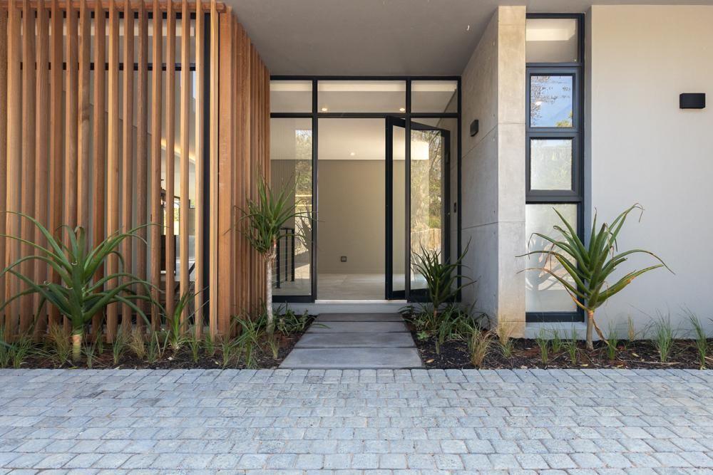 5 Bedroom Gated Estate For Sale in Brettenwood Coastal Estate